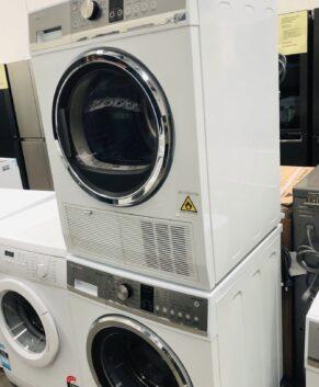 Fisher & Paykel 8.5kg Washing Machine & Fisher & Paykel 8kg Condensing Dryer WH8560P2 DE8060P2